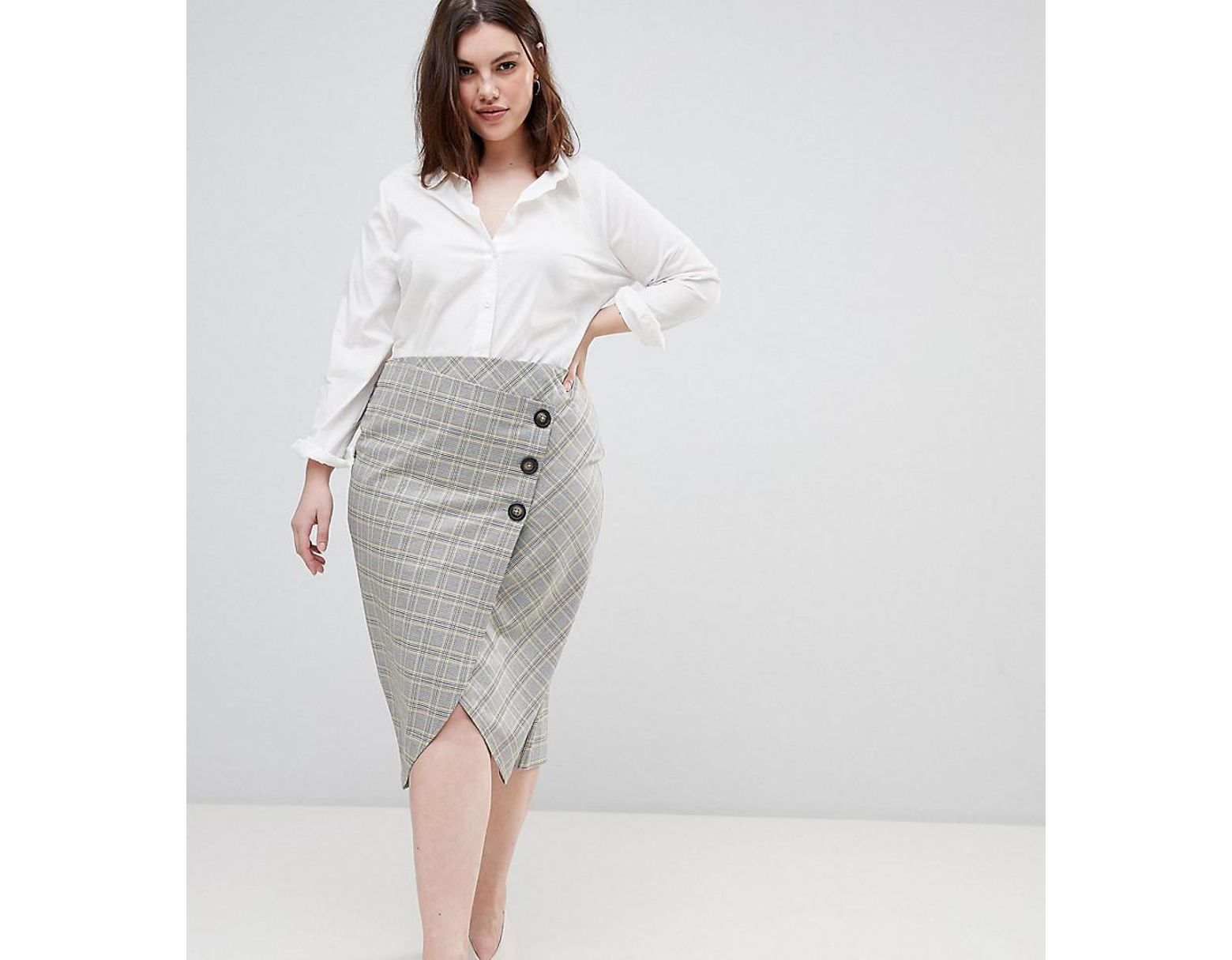 ff752b303a ASOS Asos Design Curve Tailored Midi Skirt In Check With Button Wrap Detail  in Gray - Lyst