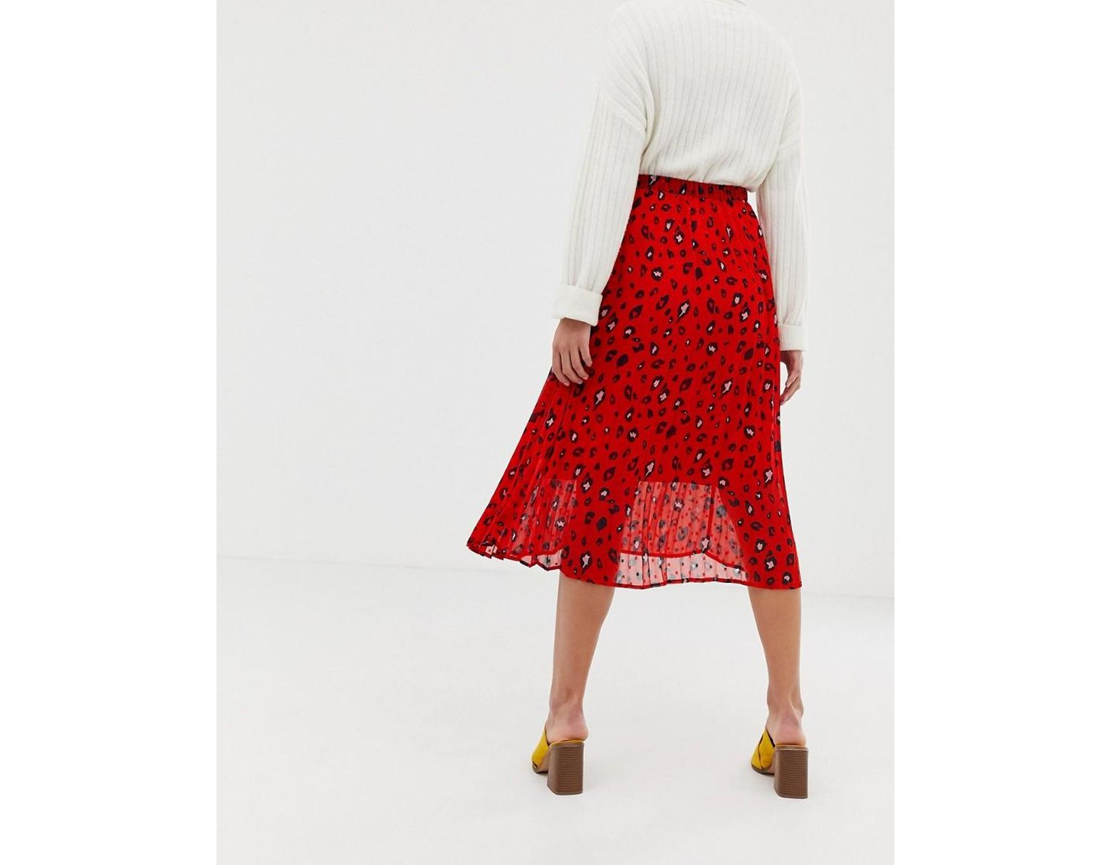 59937dd85 SELECTED Femme Abstract Leopard Print Pleated Skirt in Red - Lyst
