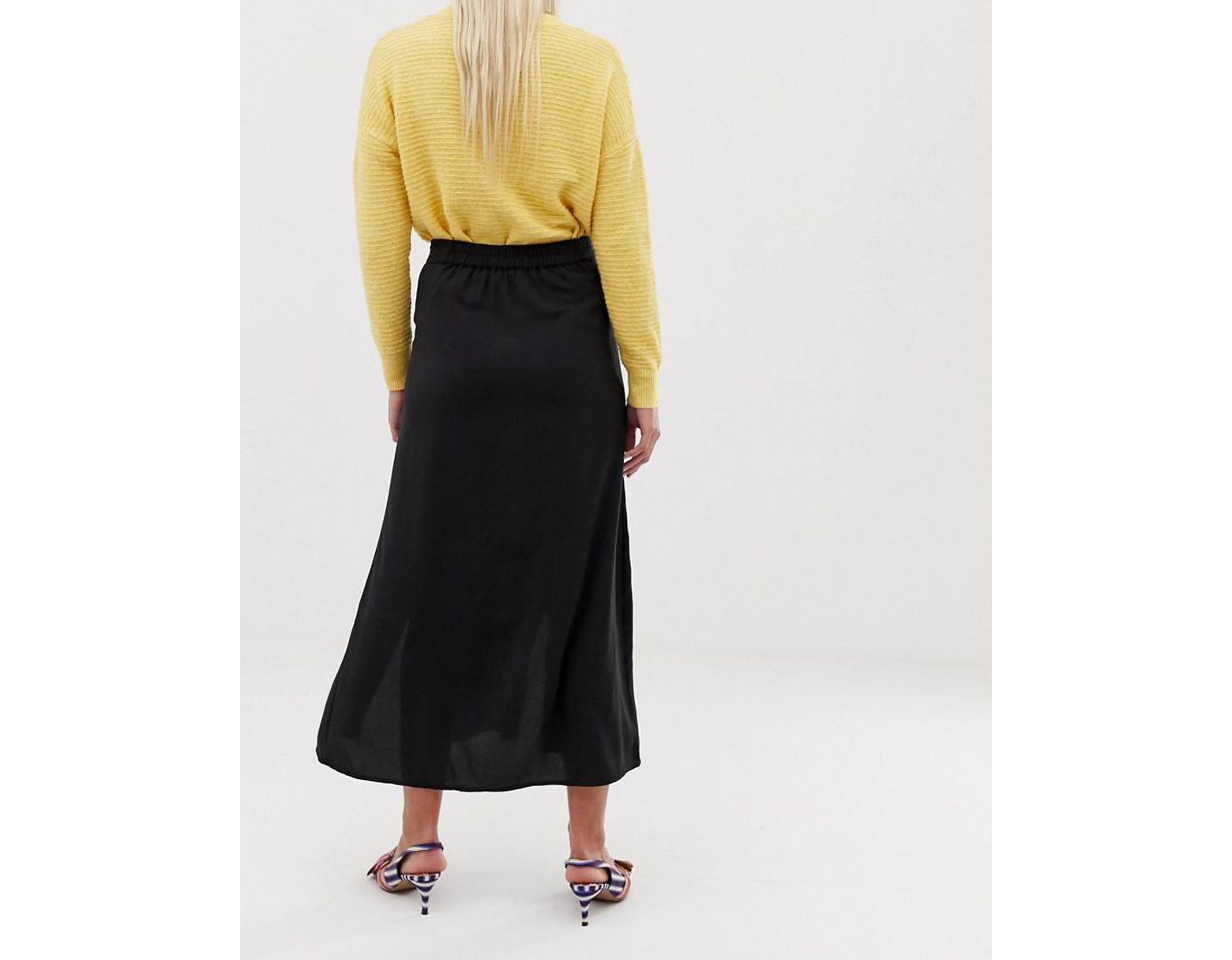 bdcaa1b1fb Vero Moda Double Split Button Front Midaxi Skirt In Black in Black - Lyst