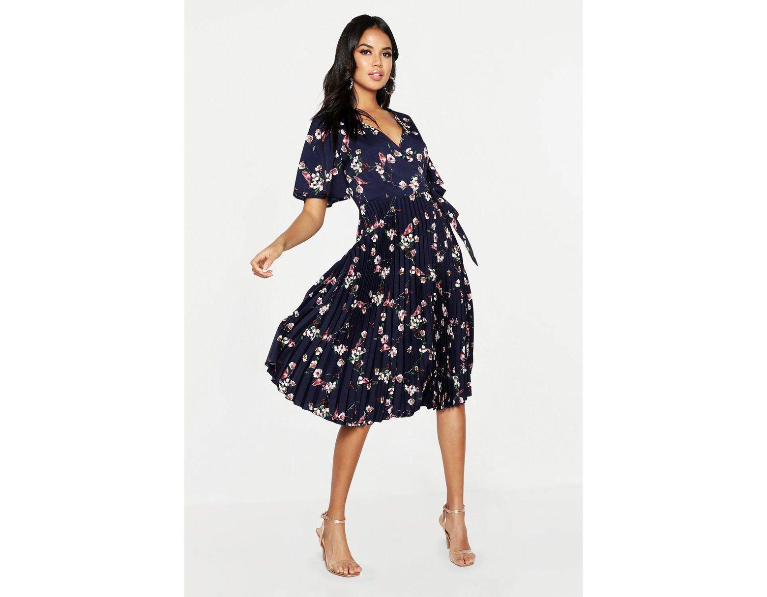 25921c141ede Lyst - Boohoo Floral Print Pleated Midi Skater Dress in Blue