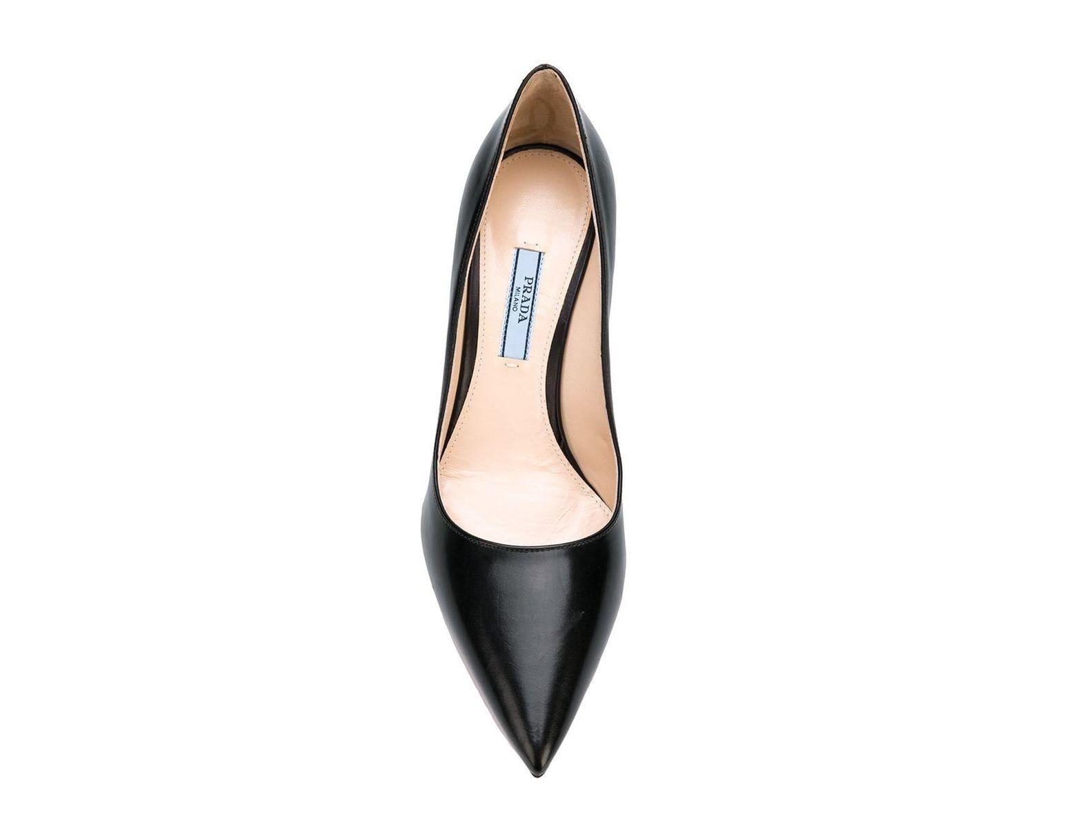 Zapatos Clásicos Color Tacón Prada Negro Lyst De OTkZuXPi