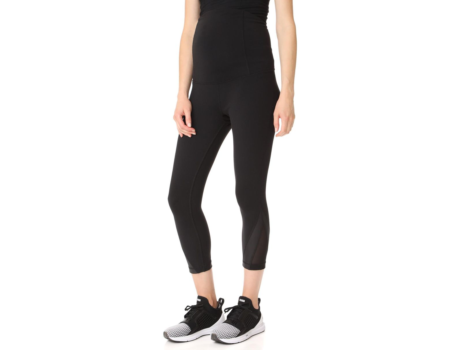 67e88f5a9d781d Ingrid & Isabel Active Mesh Detail Capri With Crossover Panel in Black -  Lyst