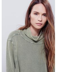 Free People | Green New Romantics Womens New Romantics Spinning Turtle Top | Lyst