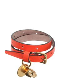 Alexander McQueen - Orange Skull Charm Leather Bracelet - Lyst