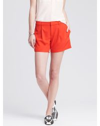 Banana Republic | Red Pleated Drapey Short | Lyst