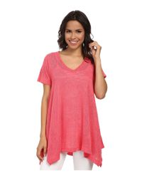 Nally & Millie - Red V-neck Short Sleeve Sharkbite Tunic - Lyst