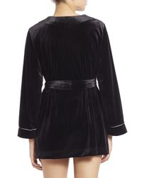 Oscar de la Renta - Black Embroidered Velvet Short Wrap Robe - Lyst