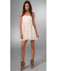 Alice + Olivia | White Kristin Strapless Dress | Lyst