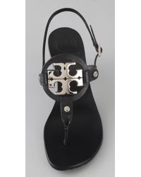 Tory Burch | Black Holly 2 Logo Thong Sandals | Lyst