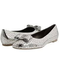Ferragamo | Varina Metallic Leather Ballet Flats | Lyst