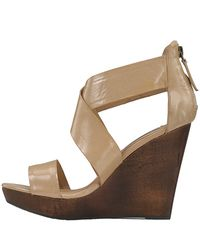 Steve Madden - Natural Riddgge Nude Patent Leather Wooden Wedge - Lyst