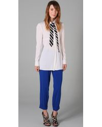 Alice + Olivia | White Gigi Neck Tie Blouse | Lyst