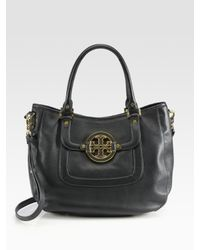 Tory Burch | Black Amanda Patent Classic Hobo Bag | Lyst