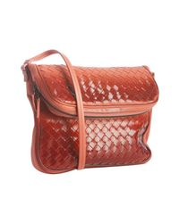 Bottega Veneta | Red Magma Intrecciato Ombre Leather Crossbody Bag | Lyst