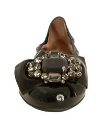 Miu Miu | Black Patent Leather Embellished Bow Flats | Lyst