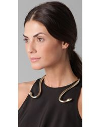 Made Her Think - Metallic Reverse Collar Choker - Lyst