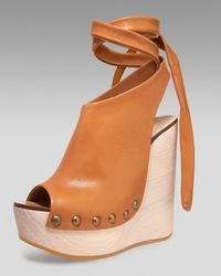 Chloé | Natural Tie-up Wedge Clog | Lyst