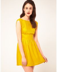 Sessun - Yellow Sessun Sleeveless Dress with Fitted Waist and Low Back in Silk - Lyst