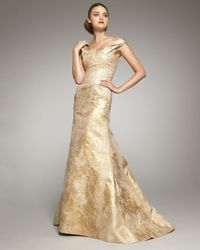 Carolina Herrera - Metallic Jacquard Off-shoulder Gown - Lyst