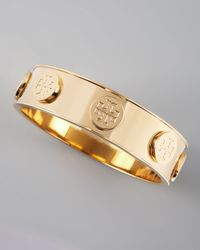 Tory Burch | Metallic Logostud Bangle Golden | Lyst