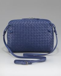 Bottega Veneta | Black Crossbody Veneta Messenger Bag | Lyst