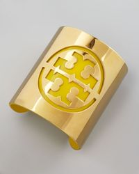 Tory Burch - Leather Stencil Logo Cuff Green - Lyst