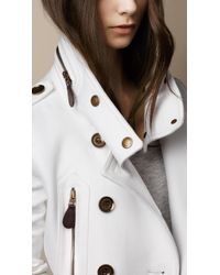 Burberry Brit - White Short Funnel Collar Trench Coat - Lyst