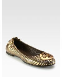 Tory Burch | Brown Karl Pebbled Leather Bow Drivers | Lyst