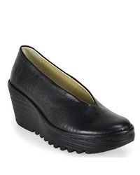 Fly London - Yaz Leather Wedge Pump in Black - Lyst