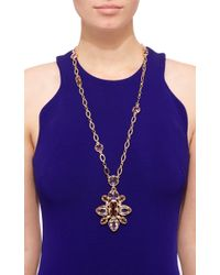 Oscar de la Renta - Metallic Framed Crystal Star Pendant Necklace - Lyst