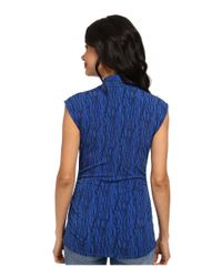 Vince Camuto - Blue Sleeveless Linear Scratch Pleat V-Neck Top - Lyst