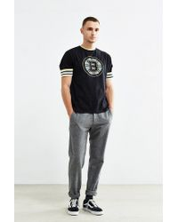 Urban Outfitters | Black Boston Bruins Hockey Tee for Men | Lyst