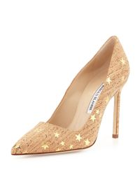 Manolo Blahnik - Brown Bb Cork Star-Print Pumps - Lyst