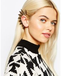 Monki - Metallic Statement Feather Ear Cuff - Lyst
