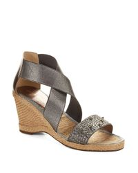 Andre Assous | Metallic Dalton Wedge Sandals | Lyst