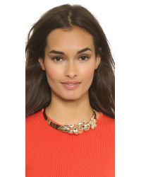 Holst + Lee | Metallic Golden Hibiscus Collar Necklace - Gold | Lyst