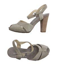 Janet & Janet - Natural Sandals - Lyst