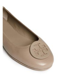 c828546f4 Lyst - Tory Burch  minnie Travel  Leather Ballet Flats in Gray