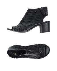 Lemarè - Black Sandals - Lyst
