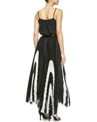 Alice + Olivia - Black Nicole Pleated Striped Asymmetric Skirt - Lyst