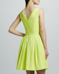 Halston - Green Vneck Fullskirt Dress Lemonade - Lyst