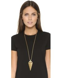 Tory Burch | Metallic Arrowhead Metal Pendant Necklace | Lyst