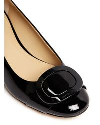 Michael Kors - Black 'pauline' Logo Plaque Patent Leather Pumps - Lyst