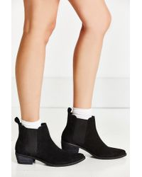 Urban Outfitters - Black August Pointy Toe Chelsea Boot - Lyst