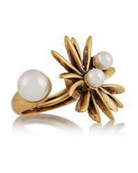 Oscar de la Renta | Metallic Starburst Gold-Plated Faux Pearl Ring | Lyst
