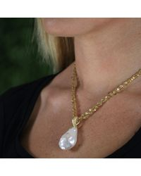 Yvel | White Baroque Freshwater Pendant Necklace | Lyst