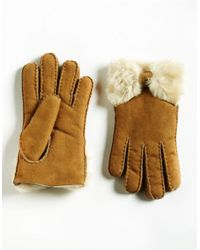 UGG | Brown Ladies Shearling Bow Gloves | Lyst