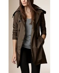 Burberry - Green Lightweight Hooded Trench Coat - Lyst