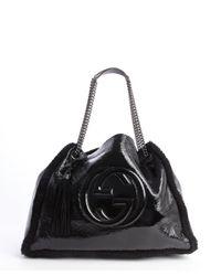 Gucci - Black Patent Leather and Dyed Fur Logo Emblem Chain Strap Shoulder Bag - Lyst