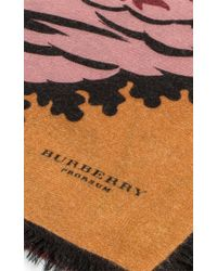 Burberry - Pink Large All Over Leaf Cashmere Scarf In Bright Toffee - Lyst